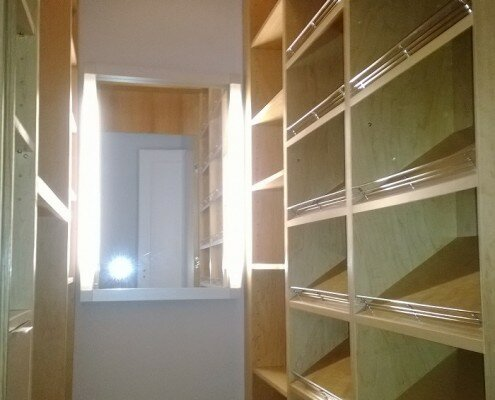 custom walk in closets shoes shelves