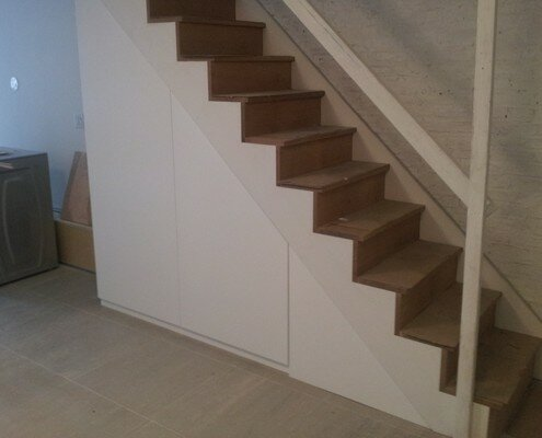 stairs with closet