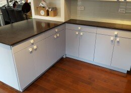 kitchen remodeling - bottom kitchen cabinets
